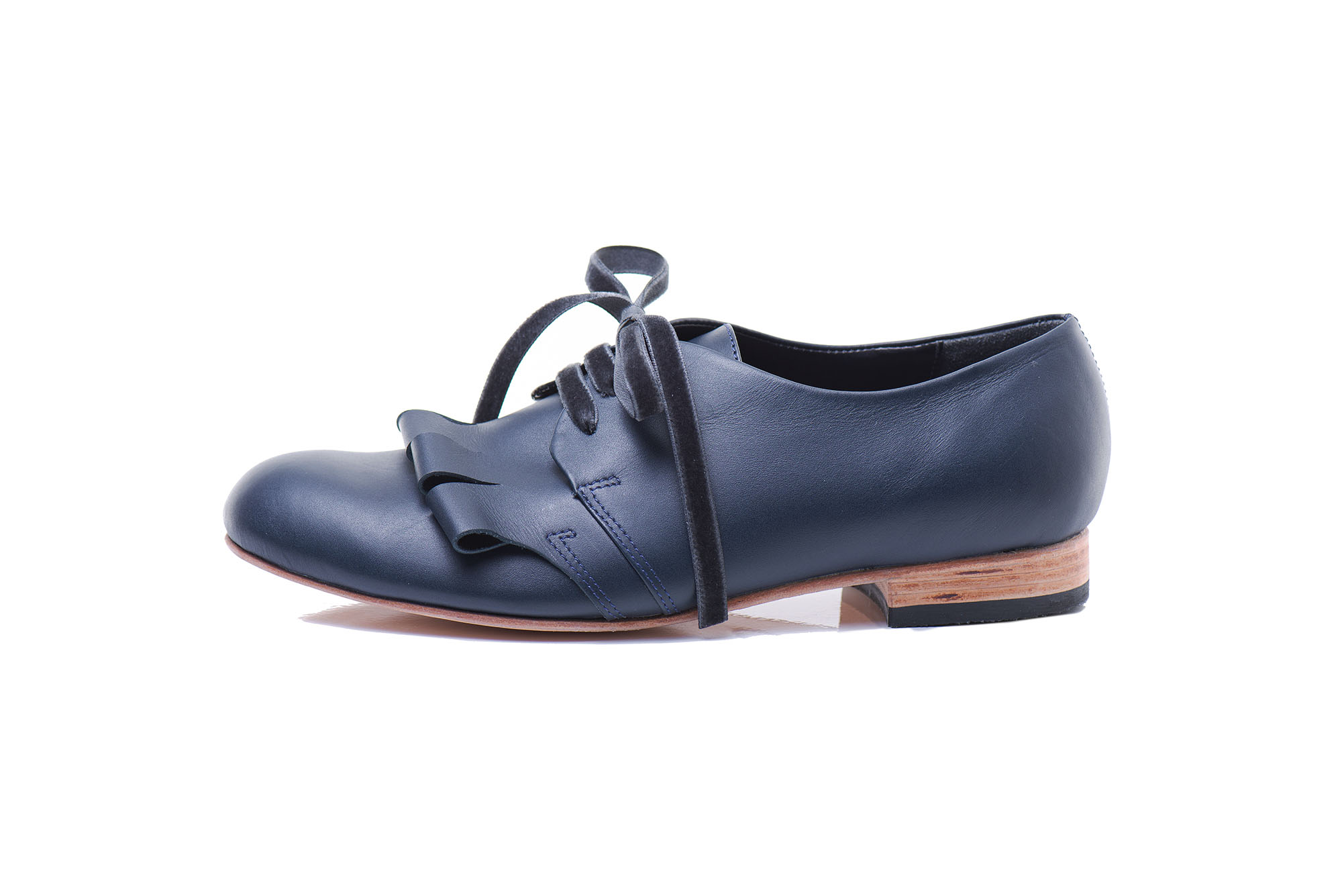 Navy blue leather lace up shoes by JUNE9