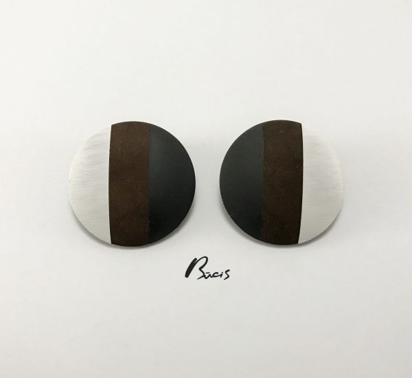 Leather earrings black brown white