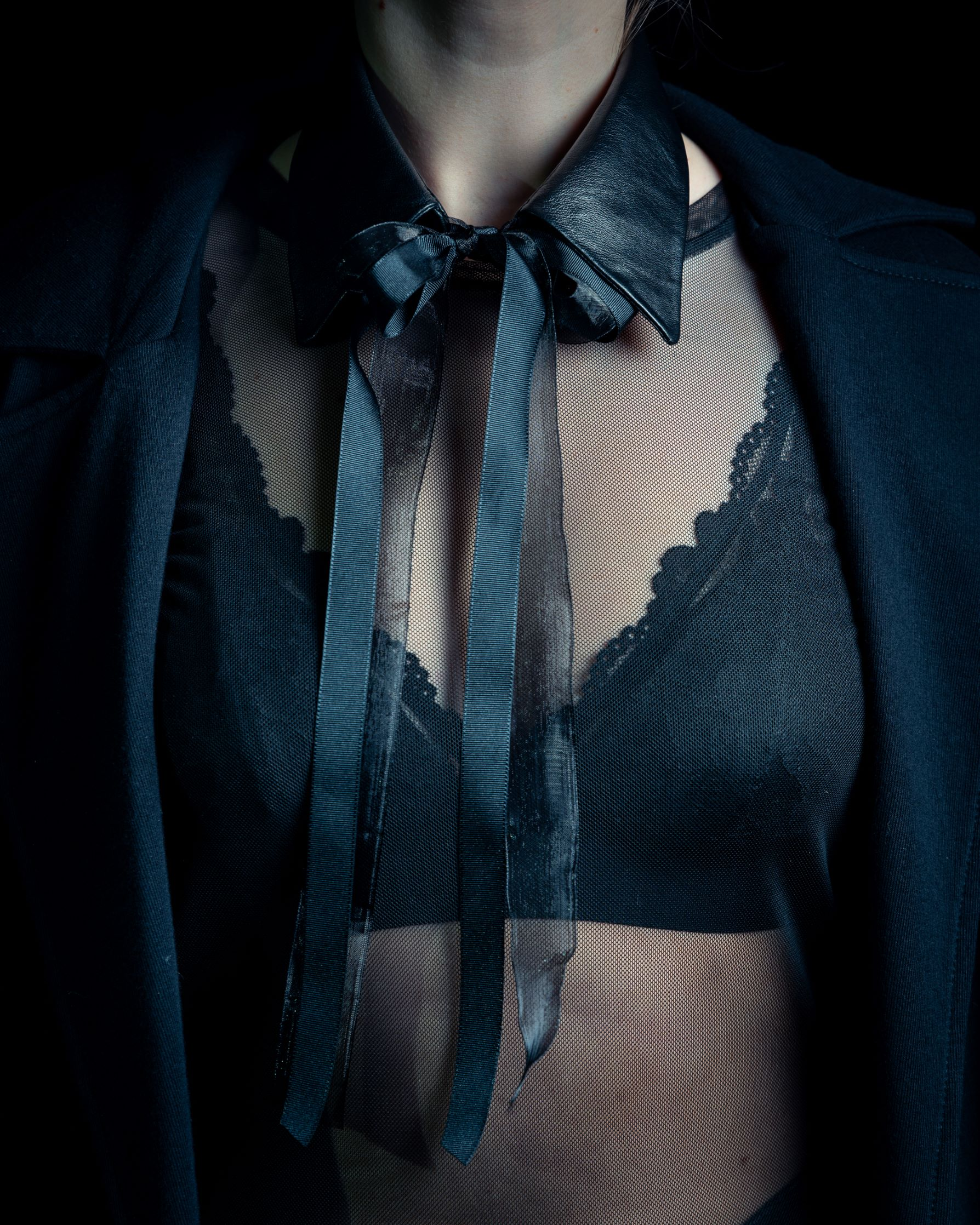 Leather necklace collar by June9Concept